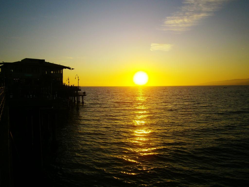 Zonsondergang pier van Santa Monica