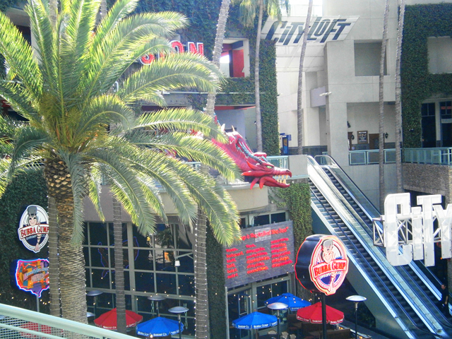Citywalk-Universal-Studios-Hollywood