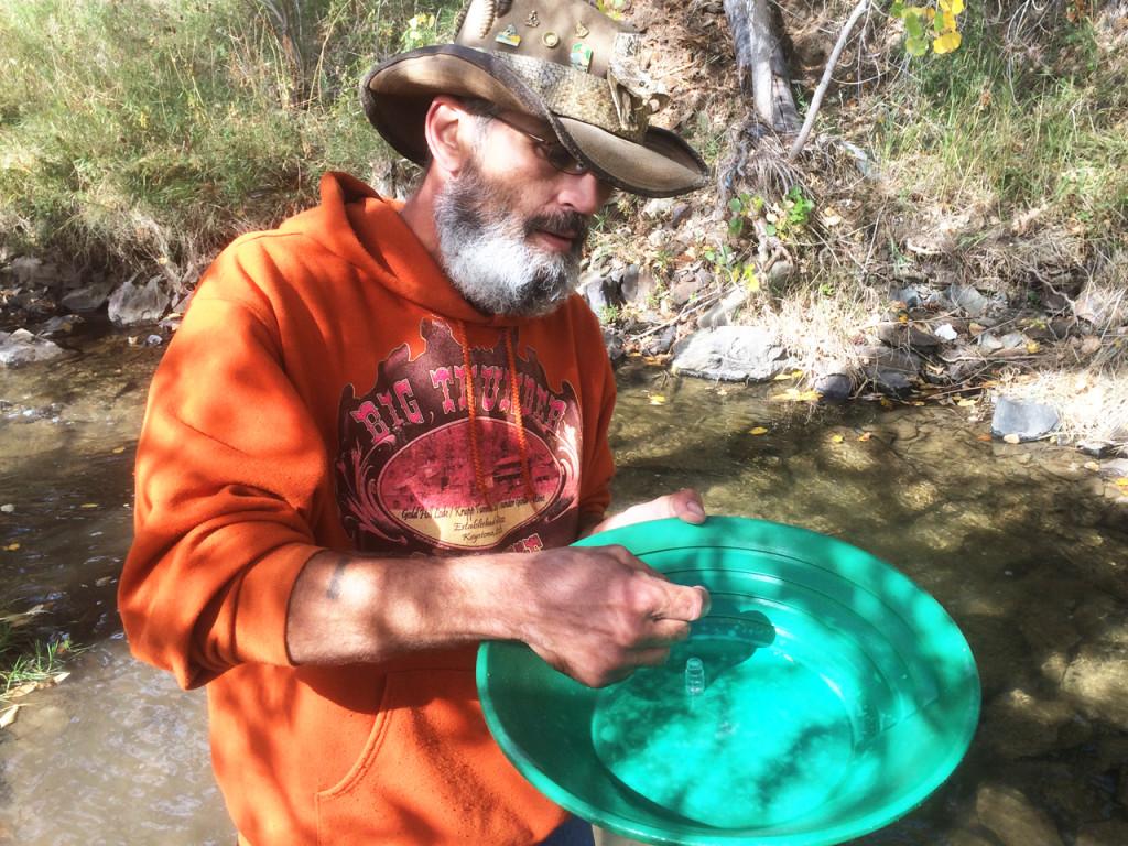rattlesnake-randy-goudzoeken-in-amerika