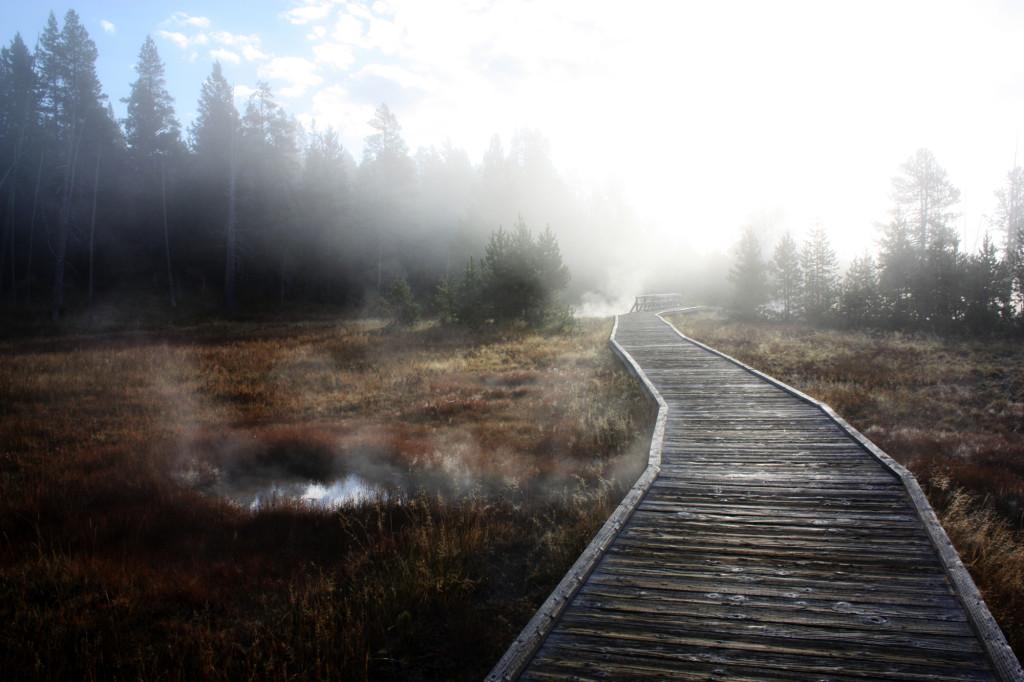 black-sand-basin-mist