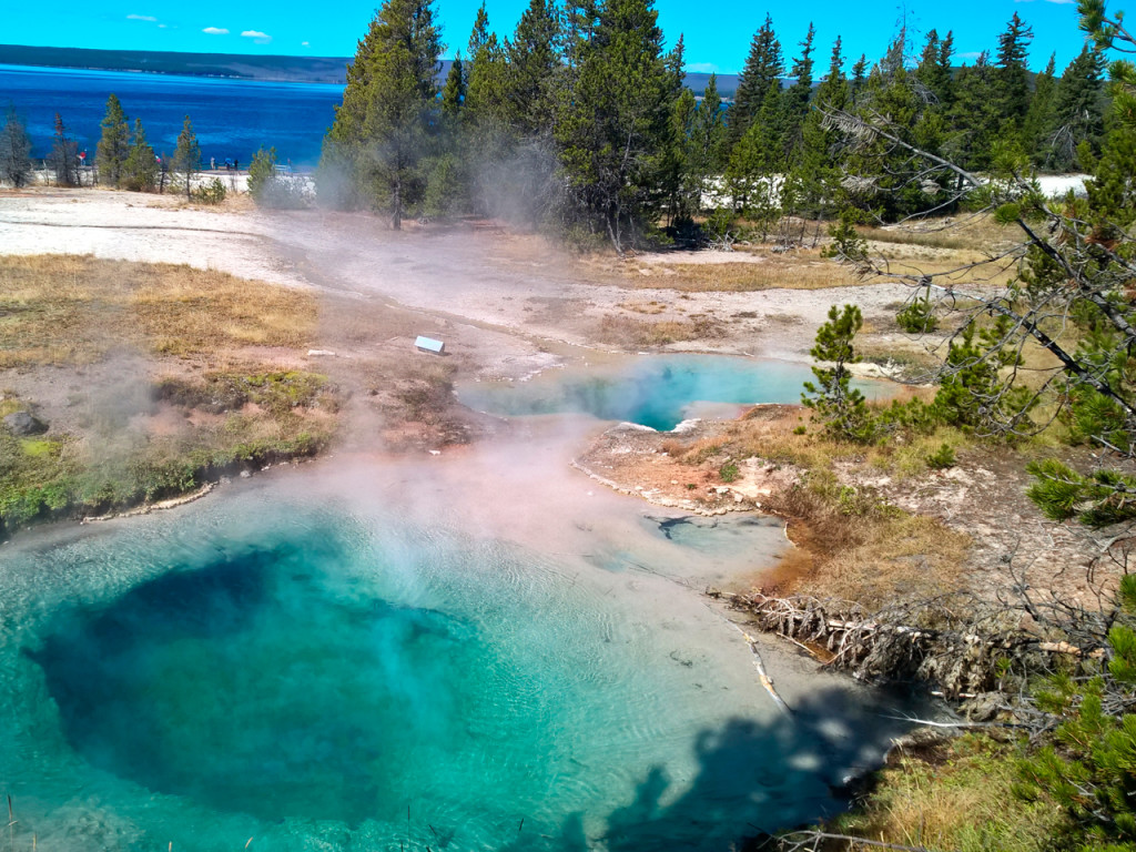 west-thumb-bassin-in-yellowstone-national-park route rondreis Amerika
