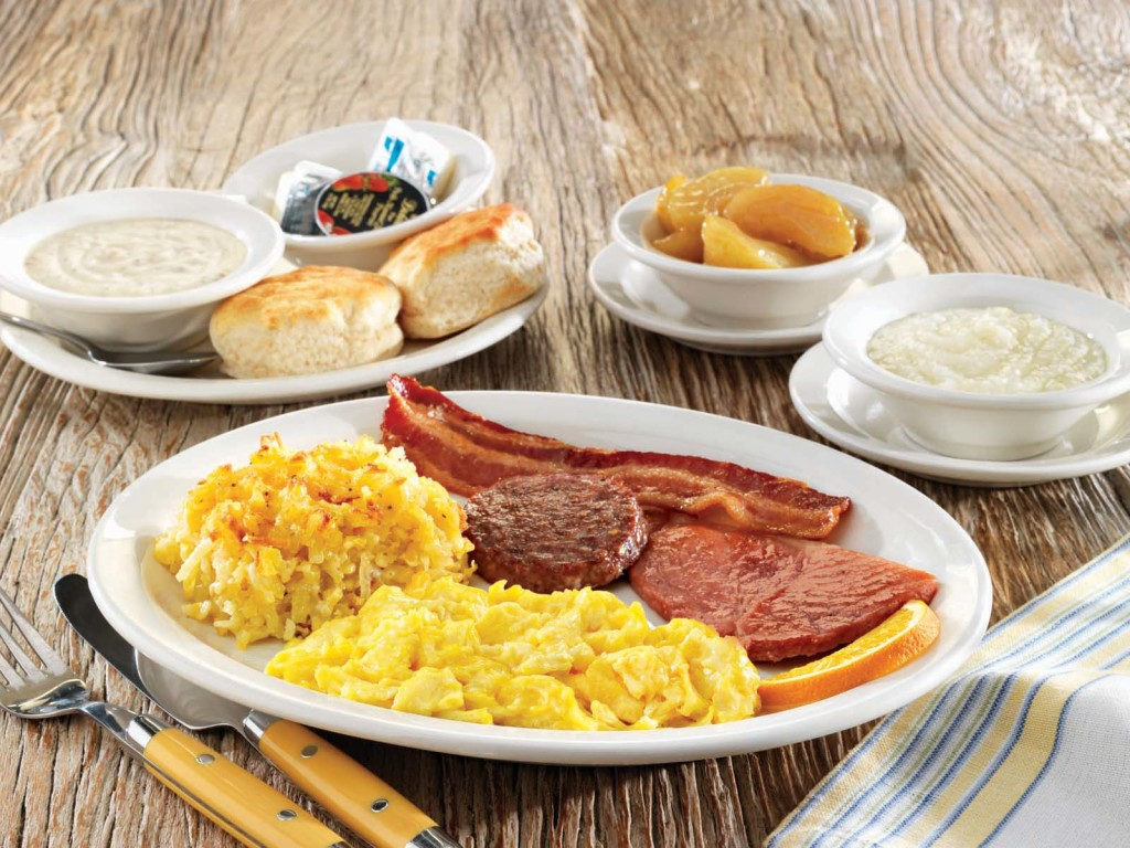 Eten bij Cracker Barrel restaurant in Amerika
