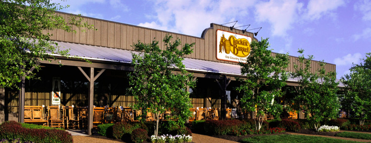 Restautant-in-Amerika-Cracker-Barrel-buitenkant