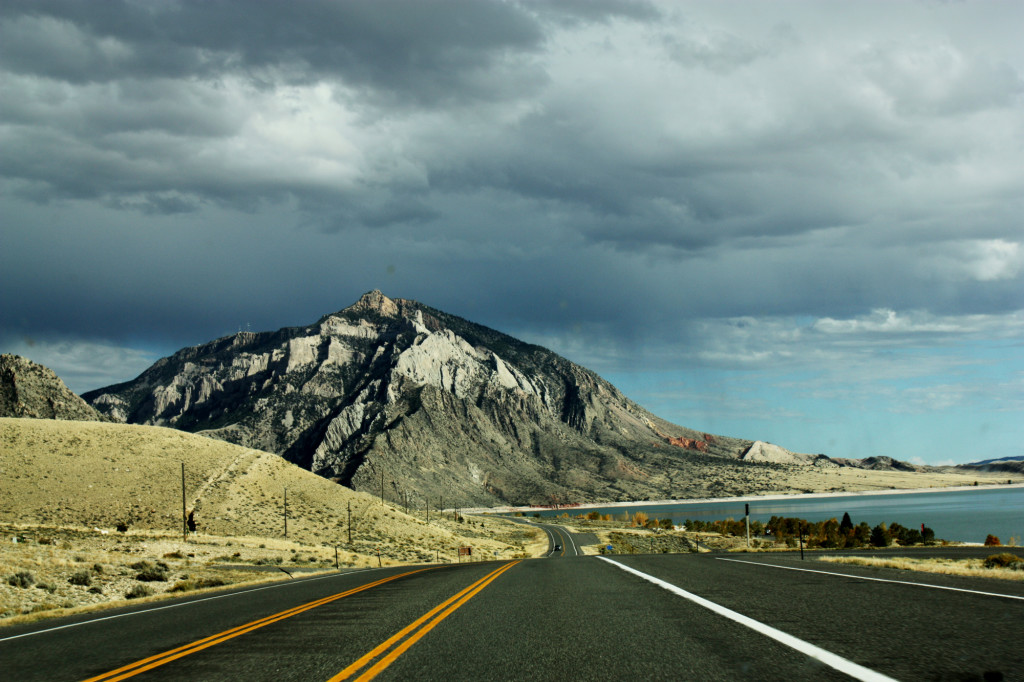 scenic route Buffalo Bill Cody Yellowstone