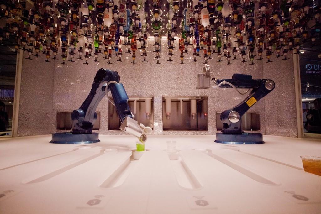 Robot cafe-in-Las-Vegas-Tipsy-Robotin Las Vegas