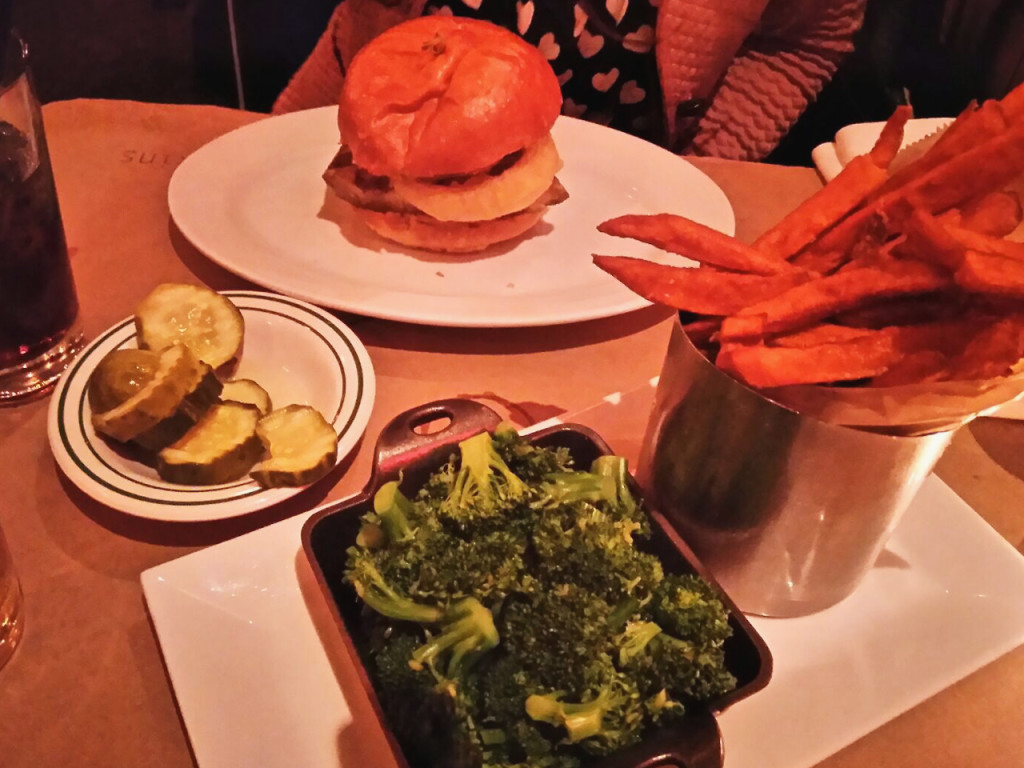 Five-napkin-burger-New-York