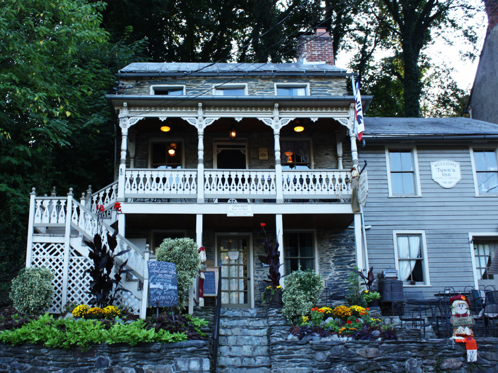 Town's-in-Harpers-Ferry
