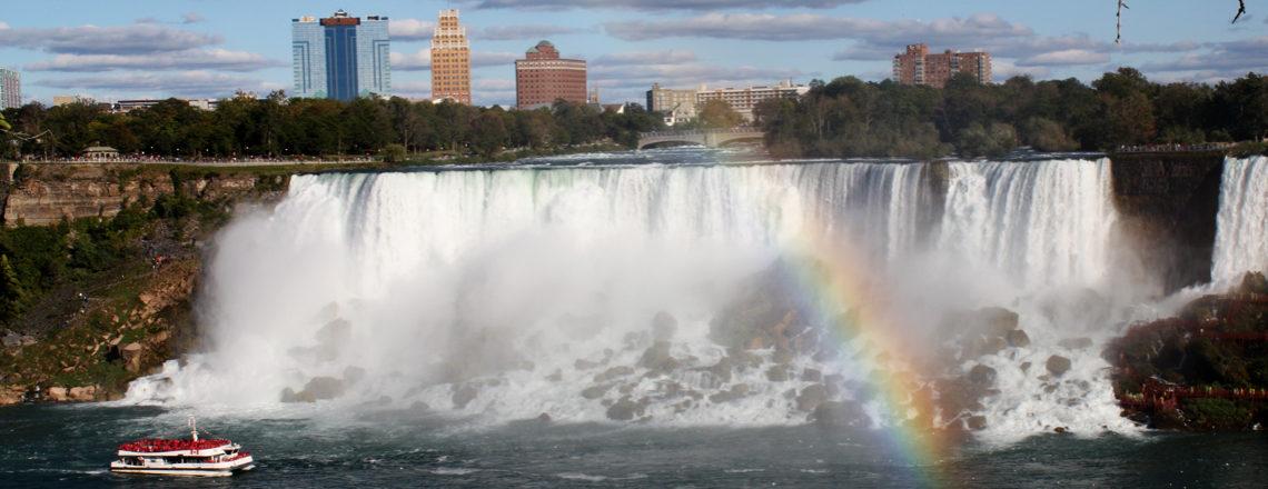 Rondje New York: Amerika reis dag 16: Naar Canada en de Niagara Falls!