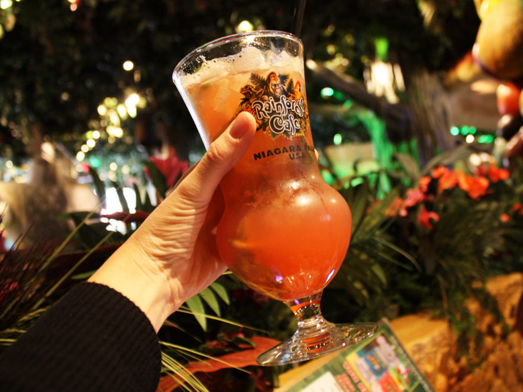 Rainforest-Cafe-cocktails