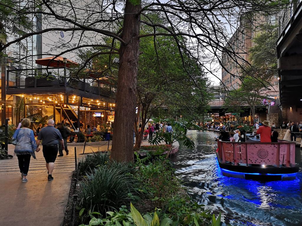 Riverwalk-San-Antonio-bezoeken
