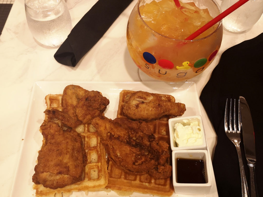 chicken-and-waffles-in-Amerika