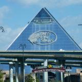 De Piramide in Memphis